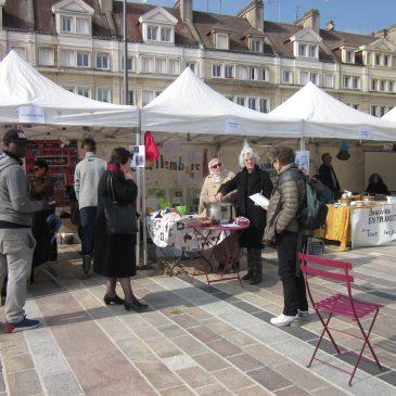 Stand commun de Beauvais en transition à la Journée du droit des femmes