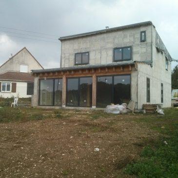 Pourquoi et comment construire sa maison en paille ?