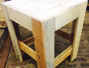 Fabrication d'un tabouret en bois de palette avec le Clou'b @ Les Ateliers de la Bergerette | Beauvais | Hauts-de-France | France